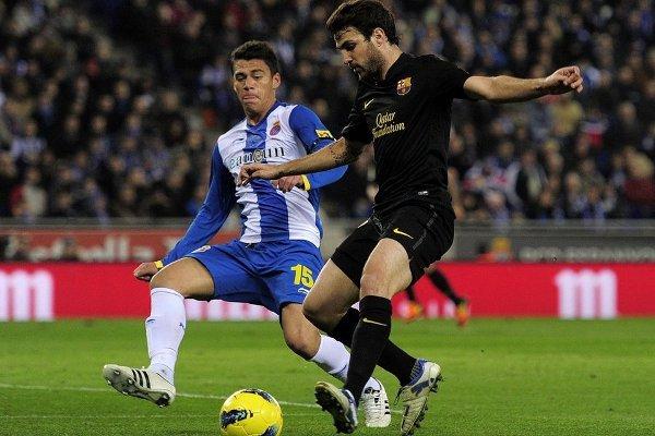 Cesc Fábregas marcó el gol 100 del Barcelona esta temporada