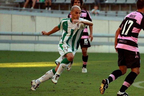 Javi Hervás, centrocampista del Córdoba