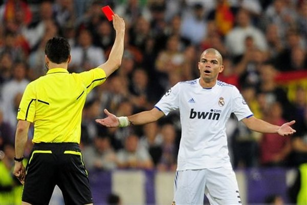 Pepe expulsado en la Liga de Campeones