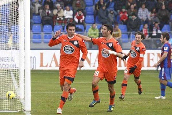 Riki marcó el gol de la victoria para el Deportivo