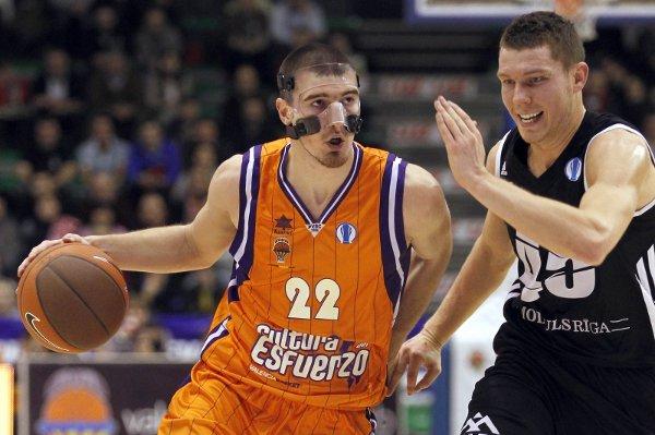 De Colo volvió a ser el máximo anotador del Valencia Basket
