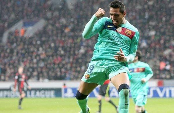 Alexis Sánchez marcó 2 goles al Bayer Leverkusen