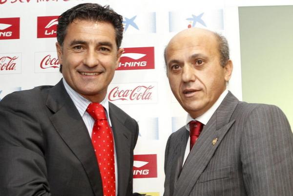 Míchel presentado como nuevo entrenador del Sevilla