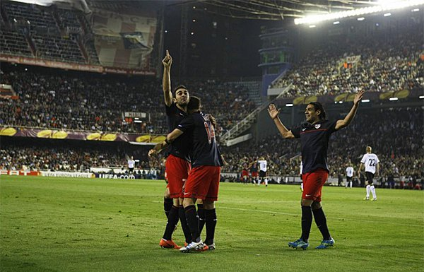 El gol de Adrián lleva al Atlético a la final de la Europa League