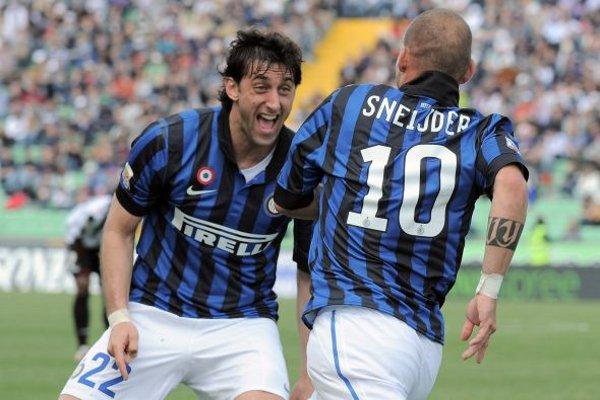 Milito y Sneijder llevaron en volandas al Inter