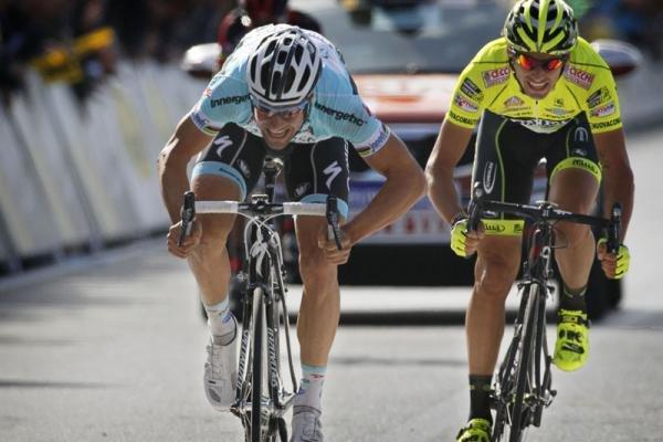 Tom Boonen bate al sprint a Filippo Pozzato