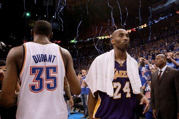 Kobe Bryant y Kevin Durant, cruz y cara de la serie entre Lakers y Thunder