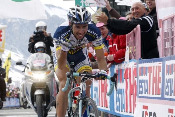 De Gendt coronó el Stelvio en primera posición
