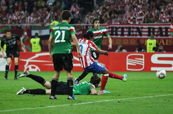 Falcao marca el segundo gol del partido