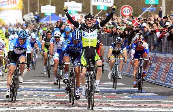 Goss ganó al sprint la tercera etapa del Giro