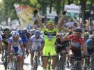Giro de Italia 2012: Andrea Guardini sorprende a Mark Cavendish al sprint