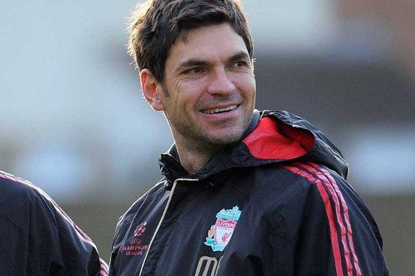 Pellegrino en su etapa de asistente en el Liverpool