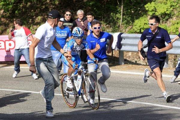 El italiano Pozzovivo gana su primera etapa en el Giro
