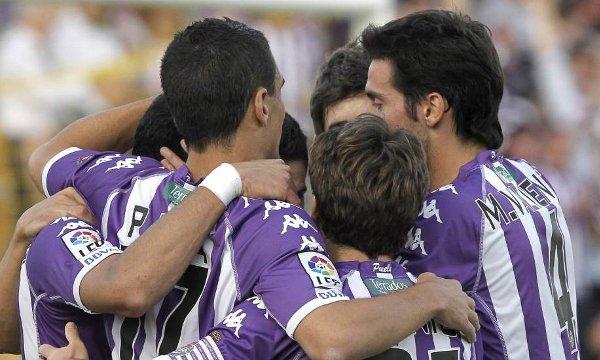 El Valladolid se acerca a Primera División tras ganar en Alcorcón