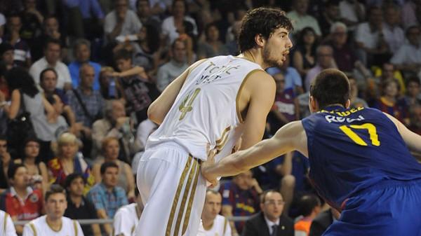 Final ACB 2012: el Real Madrid remonta en el Palau y pone el 1-1 en la serie