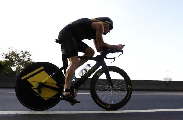 Lance Armstrong con su nueva pasión, los triatlón