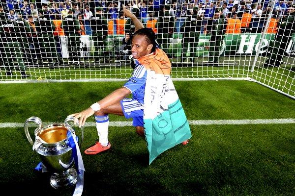 Drogba, con la Liga de Campeones