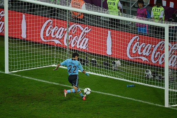 Navas marca a puerta vacía el gol de la victoria ante Croacia