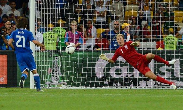 Pirlo marcando un penalty a lo Panenka