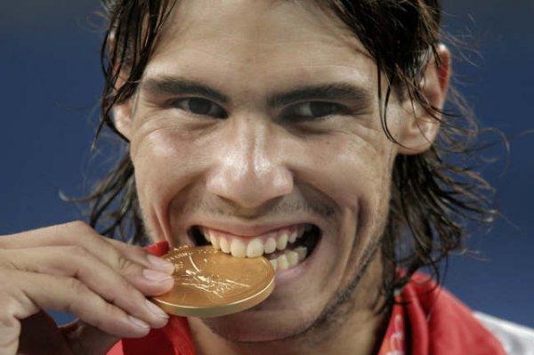 Rafa Nadal será el abanderado de España en los Juegos Olímpicos de Londres, ¿una decisión acertada?