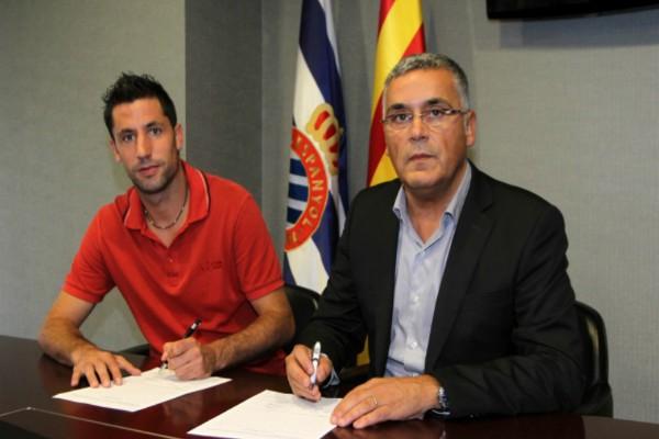 Capdevila firma como nuevo jugador del Espanyol