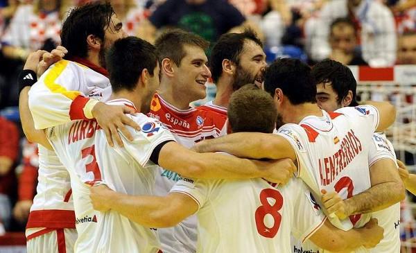 Los hombres que representarán a España en Londres 2012 en balonmano