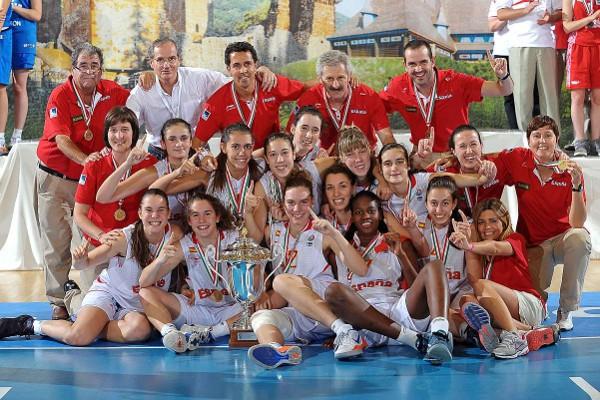 Las chicas de la selección sub 16 española, campeonas de Europa