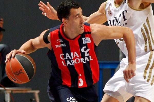 Pablo Prigioni en uno de sus últimos partidos con el Caja Laboral