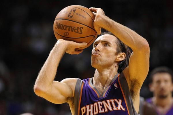 Steve Nash va a jugar las próximas temporadas en los Lakers