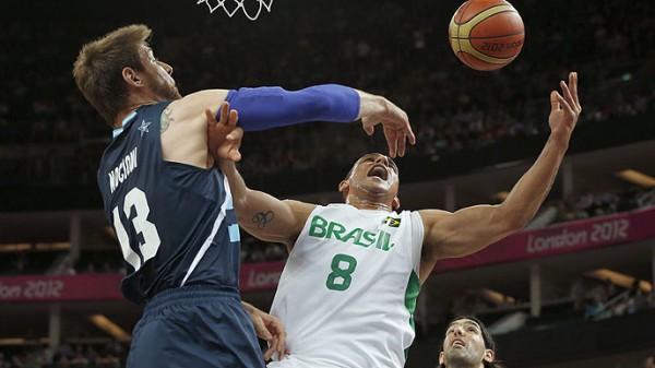 Andres Noccioni, clave en la victoria de Argentina ante Brasil