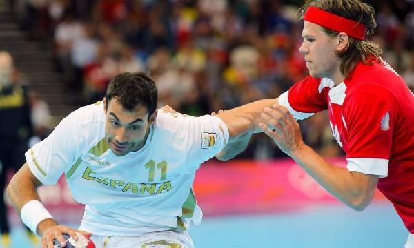 Dinamarca frenó a España en balonmano en el segundo partido