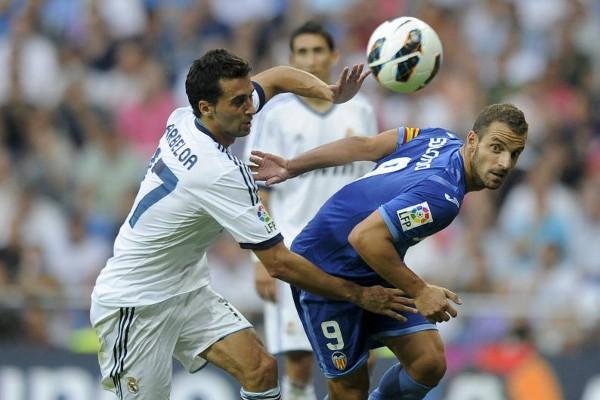 Real Madrid y Valencia empataron en un partido raro marcado por el calor