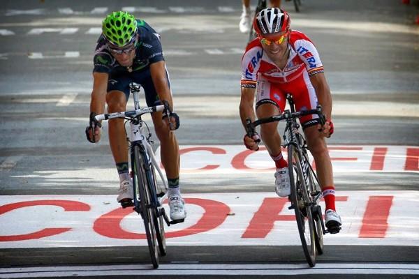 Valverde batió por milímetros al Purito Rodríguez en la meta de Arrate