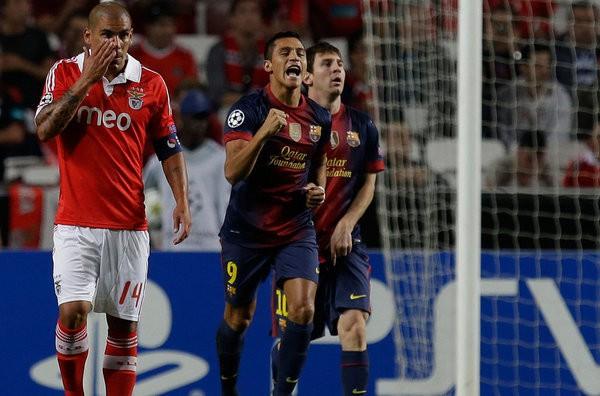 Alexis Sánchez marcó el primer gol del Barcelona ante el Benfica