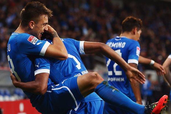 Joselu marcó dos goles con el Hoffenheim al Greuther Furth