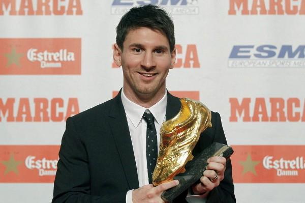 Leo Messi recibe su segunda Bota de Oro