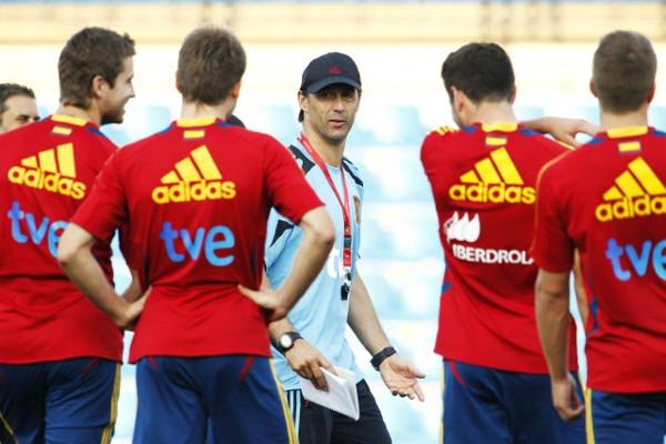 Lopetegui prepara con sus chicos la eliminatoria crucial ante Dinamarca