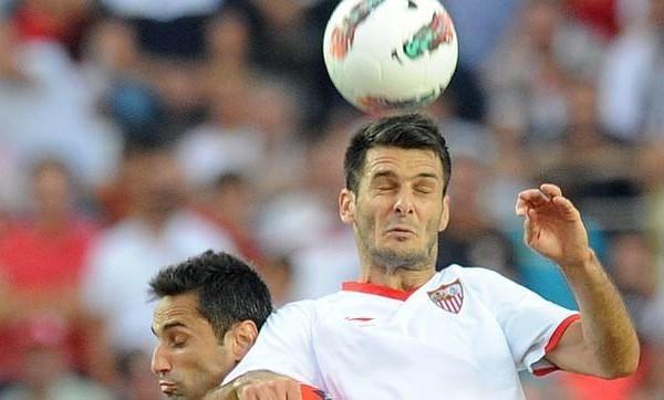 El temperamento de Spahic, un problema para el Sevilla