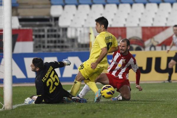 El empate en Almería le costó el puesto a Julio Velázquez