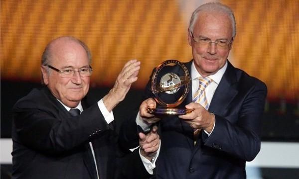 Beckenbauer recibió un homenaje durante la gala de la FIFA