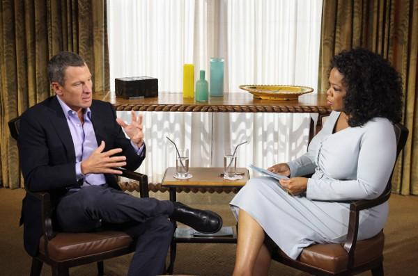 Lance Armstrong confesando su dopaje en una entrevista con Oprah