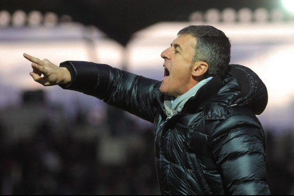 Alcaraz en su último partido con el Aris de Salónica