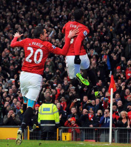 Manchester United sigue liderando la Premier League