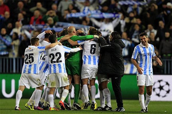 El Málaga remonta y estará en cuartos de la Champions