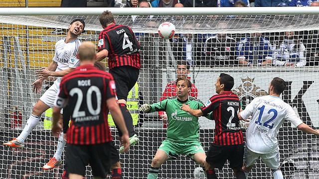 El Schalke sigue sin amarrar la cuarta posición
