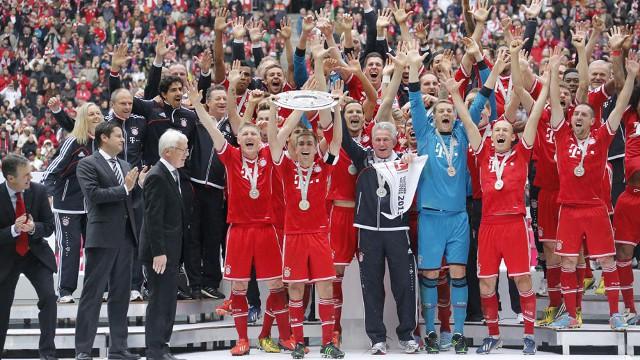 El Bayern Munich recibe el título de la Bundesliga