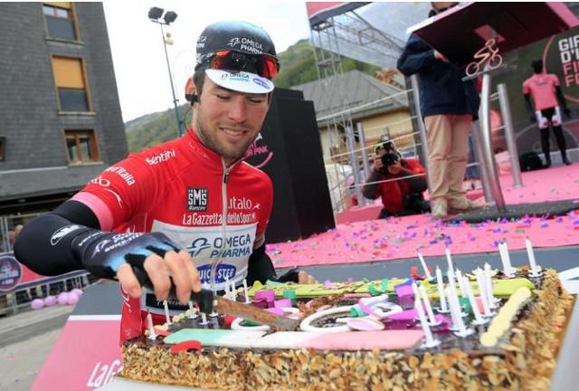 Cavendish se regaló por su 28 cumpleaños cinco etapas del Giro 2013