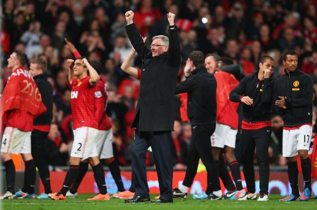 Ferguson celebrando la última Premier League antes de su retirada