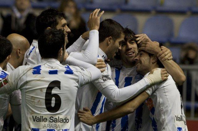 El Alavés vuelve a Segunda División