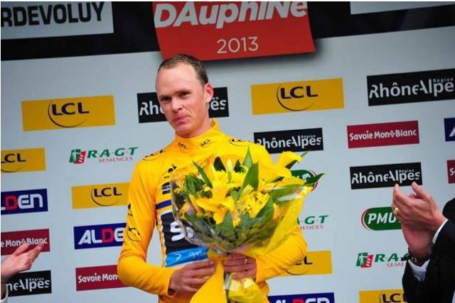 Froome en el podium del Criterium Dauphiné